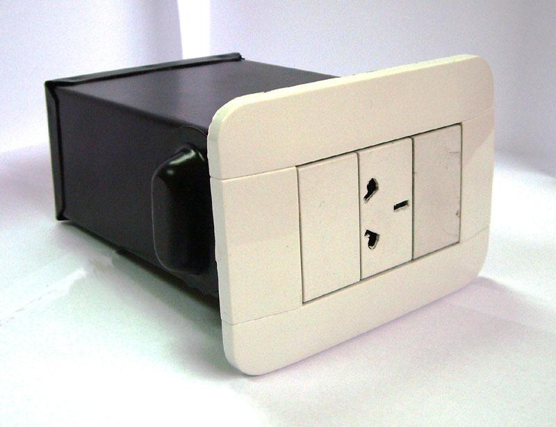 ROA S.R.L. - Cajas de Seguridad Camufladas